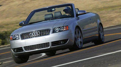 Tire, Motor vehicle, Automotive mirror, Road, Automotive design, Automotive tire, Vehicle, Automotive lighting, Transport, Hood,
