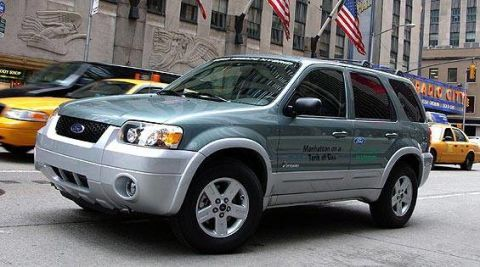 View The Latest First Drive Review Of The Ford Escape Hybrid - 2005 escape