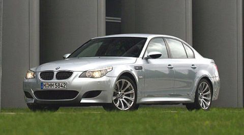 2006 BMW M5 - BMW M5 First Drive Review