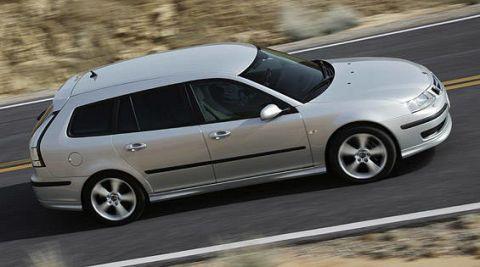 Tire, Wheel, Automotive design, Mode of transport, Automotive tire, Vehicle, Transport, Land vehicle, Alloy wheel, Rim,