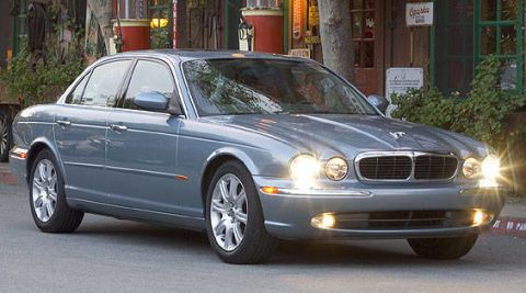 2004 jaguar xj8 wrapup 2004 XJ8 Transmission Problems image