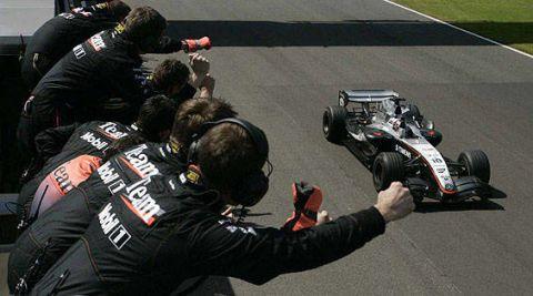 Arm, Human body, Race track, Racing, Championship, Technology, Games, Motorsport, Toy, Machine,