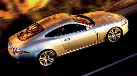 Tire, Wheel, Mode of transport, Automotive design, Transport, Vehicle, Land vehicle, Car, Rim, Alloy wheel,