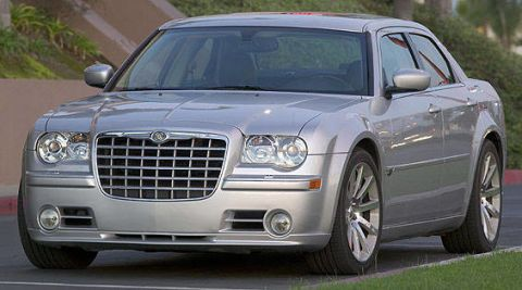 2006 chrysler 300 srt design