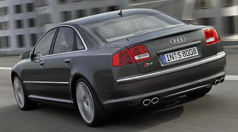 Tire, Wheel, Mode of transport, Automotive design, Vehicle, Rim, Infrastructure, Car, Alloy wheel, Automotive tire,