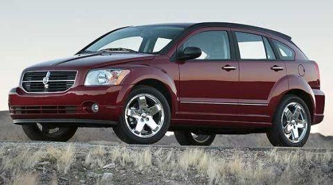 Tire, Wheel, Automotive tire, Automotive design, Vehicle, Land vehicle, Alloy wheel, Car, Rim, Spoke,