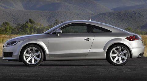 Tire, Wheel, Automotive design, Alloy wheel, Vehicle, Rim, Automotive wheel system, Car, Spoke, Automotive exterior,