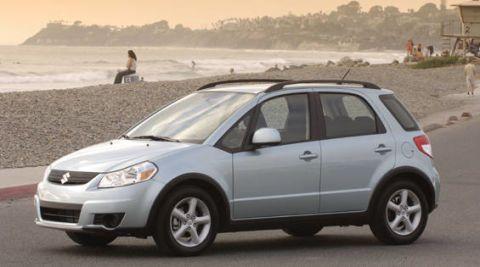 Tire, Wheel, Motor vehicle, Vehicle, Automotive tire, Alloy wheel, Land vehicle, Rim, Automotive design, Car,