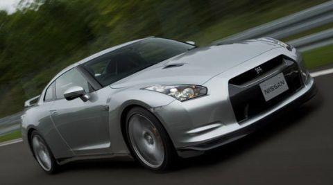 Tire, Wheel, Automotive design, Vehicle, Land vehicle, Transport, Automotive mirror, Car, Automotive lighting, Headlamp,