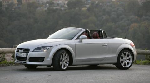 View The Latest First Drive Review Of The Audi TT Roadster - Audi tt convertible