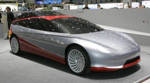 Wheel, Tire, Mode of transport, Automotive design, Transport, Vehicle, Land vehicle, Automotive tire, Automotive wheel system, Car,