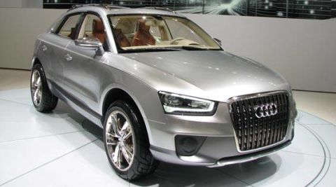 Tire, Wheel, Motor vehicle, Automotive design, Product, Automotive tire, Vehicle, Alloy wheel, Land vehicle, Headlamp,