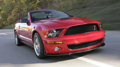 Motor vehicle, Automotive design, Vehicle, Hood, Grille, Car, Red, Headlamp, Automotive lighting, Rim,