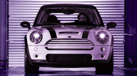Automotive design, Vehicle, Headlamp, Hood, Grille, Automotive lighting, Vehicle door, Car, Automotive exterior, Bumper,