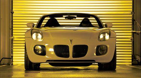 Mode of transport, Automotive design, Yellow, Vehicle, Grille, Performance car, Hood, Car, Automotive lighting, Automotive mirror,