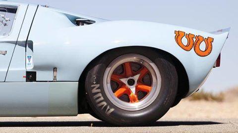 Tire, Motor vehicle, Wheel, Mode of transport, Automotive tire, Automotive design, Automotive wheel system, Alloy wheel, Vehicle, Transport,