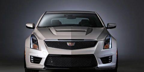 Motor vehicle, Automotive design, Blue, Daytime, Vehicle, Transport, Automotive exterior, Automotive lighting, Grille, Hood,