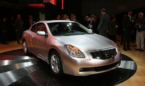 Superb Nissan Gave The Los Angeles Show Some Excitement When It Introduced The Altima  Coupe. This Car, Based On The Altima Sedan, Will Go Into Production Next  Year ...
