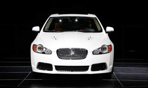 Automotive design, Vehicle, Automotive lighting, Grille, Headlamp, Car, Hood, Automotive mirror, Performance car, Personal luxury car,