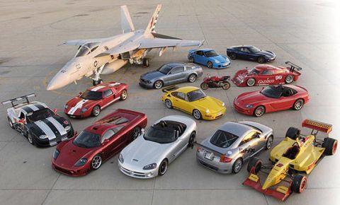 Wheel, Mode of transport, Vehicle, Land vehicle, Automotive design, Automotive parking light, Car, Automotive mirror, Automotive exterior, Aircraft,