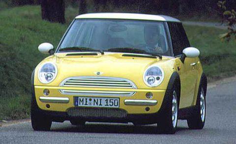 Automotive design, Vehicle, Yellow, Land vehicle, Automotive mirror, Grille, Hood, Headlamp, Vehicle door, Car,