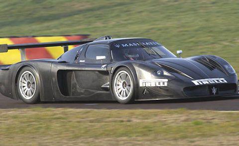 Tire, Wheel, Automotive design, Vehicle, Automotive tire, Sports car racing, Car, Motorsport, Performance car, Race track,