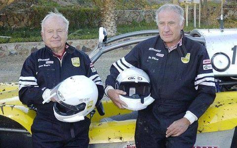 Helmet, Personal protective equipment, Motorcycle helmet, Headlamp, Classic car, Glove, Wetsuit,