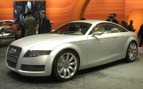 Tire, Wheel, Automotive design, Vehicle, Land vehicle, Alloy wheel, Car, Grille, Personal luxury car, Rim,