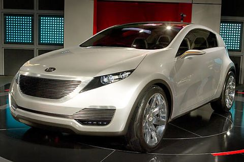 Mode of transport, Automotive design, Vehicle, Land vehicle, Car, Grille, Glass, Automotive lighting, Fender, Automotive tire,