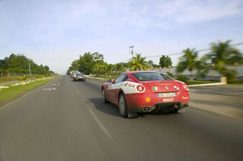 Road, Mode of transport, Automotive design, Vehicle, Transport, Land vehicle, Infrastructure, Road surface, Asphalt, Car,