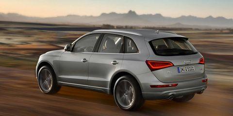 Tire, Wheel, Automotive design, Automotive tire, Vehicle, Alloy wheel, Rim, Car, Vehicle registration plate, Fender,