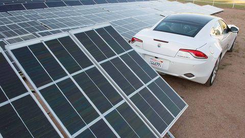 Solar energy, Solar panel, Solar power, Technology, Vehicle registration plate, Slope, Fender, Alloy wheel, Personal luxury car, Rim,
