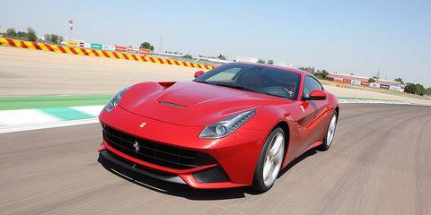 Tire, Wheel, Automotive design, Mode of transport, Vehicle, Land vehicle, Automotive lighting, Performance car, Car, Rim,
