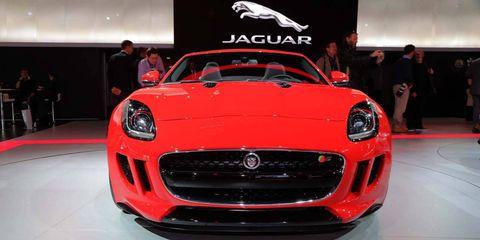 Automotive design, Vehicle, Grille, Car, Performance car, Headlamp, Sports car, Personal luxury car, Hood, Luxury vehicle,
