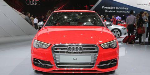 Automotive design, Vehicle, Event, Land vehicle, Grille, Car, Audi, Personal luxury car, Luxury vehicle, Auto show,