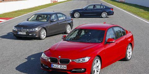 Tire, Wheel, Mode of transport, Vehicle, Land vehicle, Vehicle registration plate, Car, Automotive parking light, Automotive design, Automotive mirror,