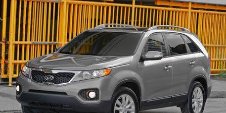 Tire, Wheel, Motor vehicle, Product, Vehicle, Glass, Automotive lighting, Automotive tire, Automotive mirror, Land vehicle,