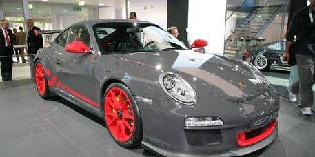 Wheel, Tire, Automotive design, Vehicle, Land vehicle, Alloy wheel, Car, Rim, Fender, Performance car,