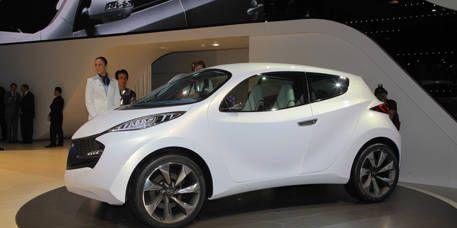 Motor vehicle, Mode of transport, Automotive design, Vehicle, Land vehicle, Car, Fender, Alloy wheel, Vehicle door, Concept car,
