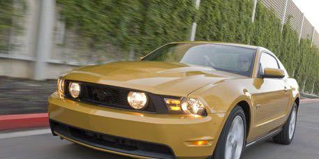 Automotive design, Daytime, Vehicle, Yellow, Automotive lighting, Headlamp, Hood, Transport, Land vehicle, Car,