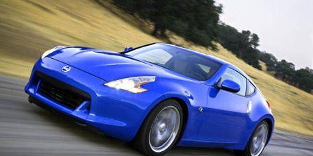 Tire, Wheel, Automotive design, Blue, Vehicle, Headlamp, Automotive lighting, Hood, Rim, Alloy wheel,