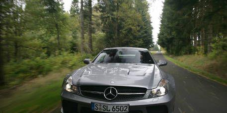 Mode of transport, Nature, Automotive design, Road, Automotive mirror, Vehicle, Hood, Grille, Automotive exterior, Car,