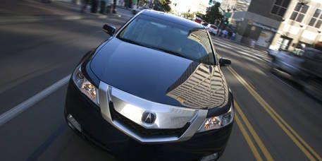 Motor vehicle, Automotive mirror, Mode of transport, Automotive design, Product, Vehicle, Glass, Automotive lighting, Road, Transport,