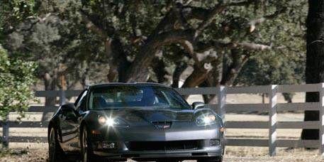 Automotive design, Vehicle, Land vehicle, Headlamp, Automotive lighting, Hood, Car, Performance car, Rim, Fender,