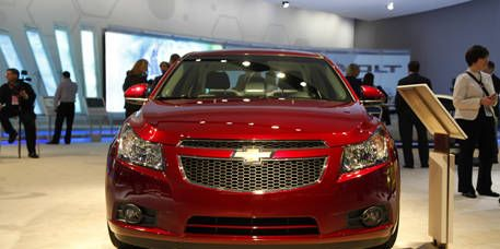 Event, Vehicle, Car, Automotive lighting, Grille, Full-size car, Automotive mirror, Technology, Glass, Mid-size car,