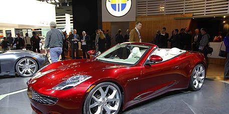 Tire, Wheel, Automotive design, Land vehicle, Vehicle, Event, Car, Performance car, Personal luxury car, Rim,