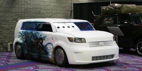 Motor vehicle, Automotive design, Vehicle, Land vehicle, Car, Automotive mirror, Headlamp, Automotive lighting, Vehicle door, Automotive exterior,