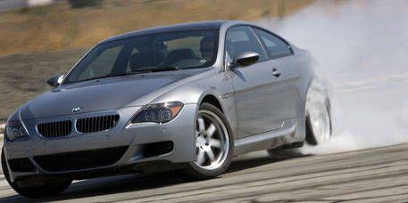 Tire, Mode of transport, Automotive design, Vehicle, Land vehicle, Alloy wheel, Car, Rim, Automotive tire, White,