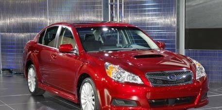 Tire, Automotive design, Vehicle, Automotive lighting, Automotive mirror, Headlamp, Hood, Car, Glass, Rim,