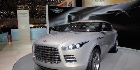 Tire, Automotive design, Product, Vehicle, Land vehicle, Event, Car, Grille, Concept car, Headlamp,